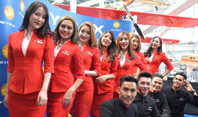 亚洲航空集体照
