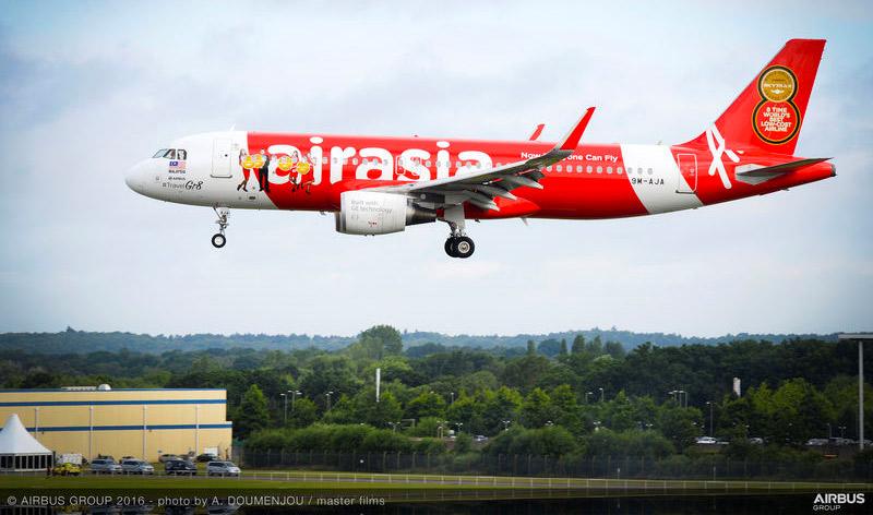 airasia skytrax awards livery