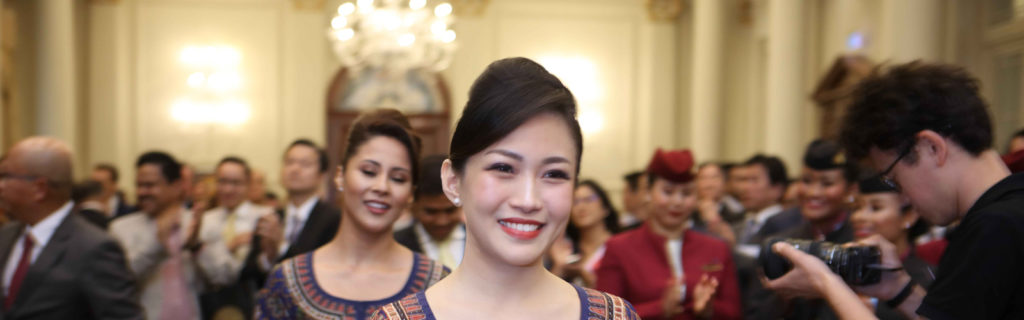 singapore airlines cabin crew collect award